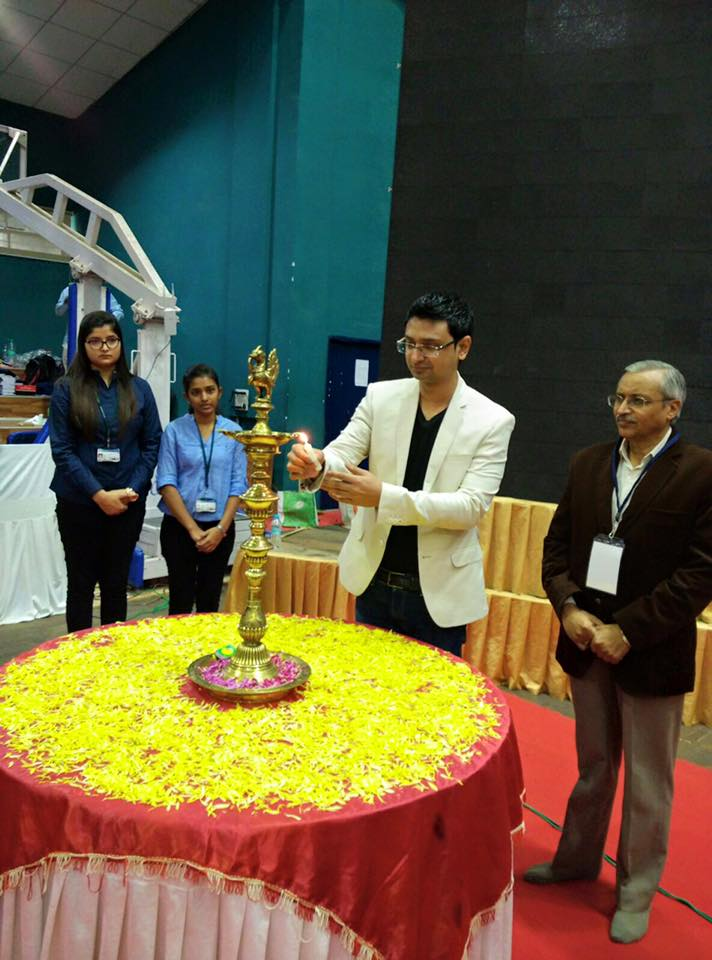 VishwasMudagal-inaugurates-E-Summit2016-RVCE