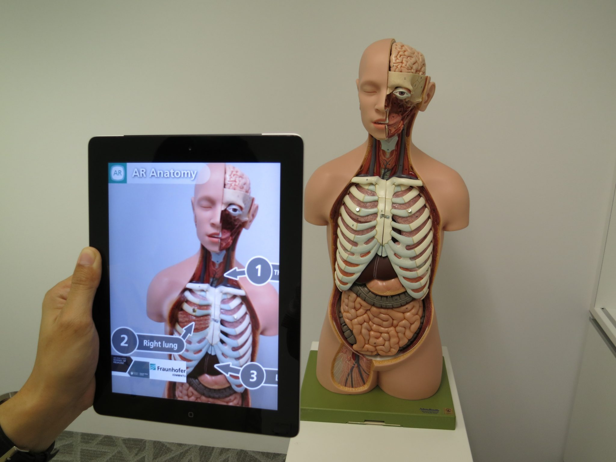 Augmented Reality In Medicine & Healthcare |